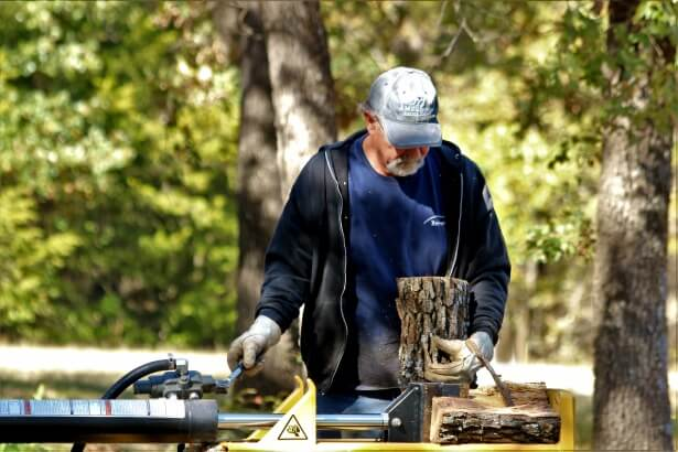How To Choose The Best Log Splitter For You On A Tight Budget
